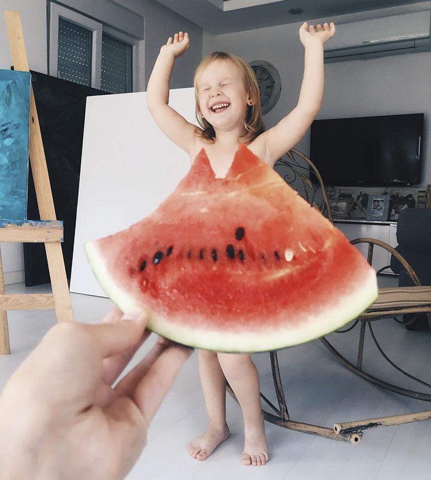mae veste filha com legumes frutas ilusao de optica 05