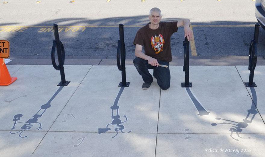 Artista pinta sombras falsas e confunde as pessoas 17