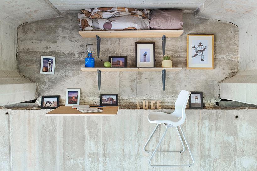 Designer contrói estúdio por baixo de uma ponte em Espanha 03